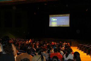 Após sessões, produtor propõe discussões sobre o tema do filme. Crédito: Roberto Mourão/PMM
