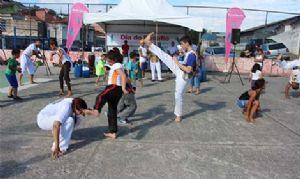 Moradores da Praça Maringá marcam presença no Dia do Desafio. Crédito: Gil Sobrinho