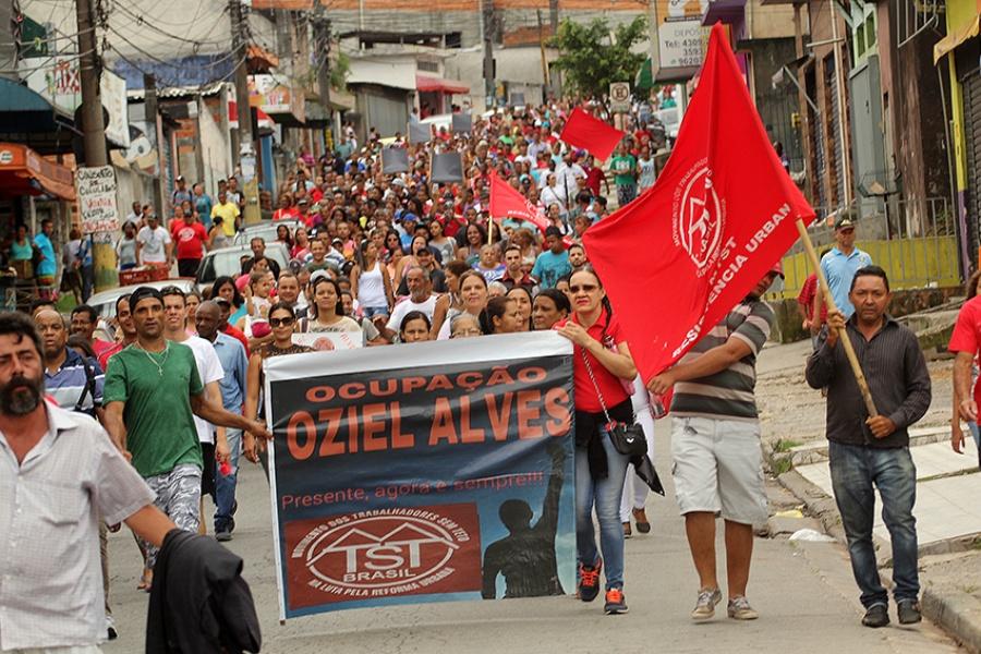 Desocupação não é definitiva porque serão construídas moradias no mesmo local. Foto: Rodrigo Pinto