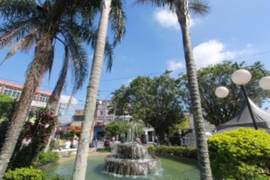 Praça 22 de Novembro. Imagem: www.pajuamigo.com
