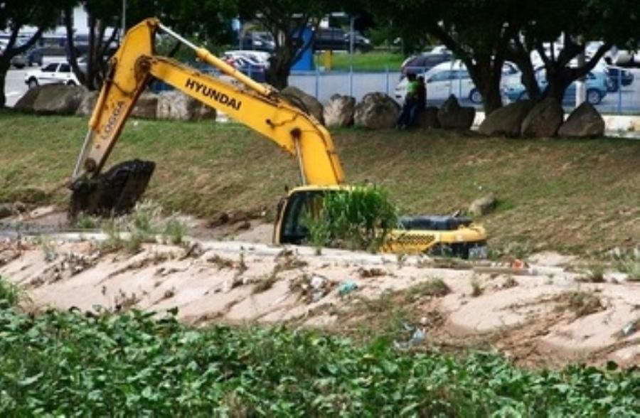 Trabalhos em piscinão do Paço seguem até a próxima semana. Foto: Divulgação/Roberto Mourão/PMM