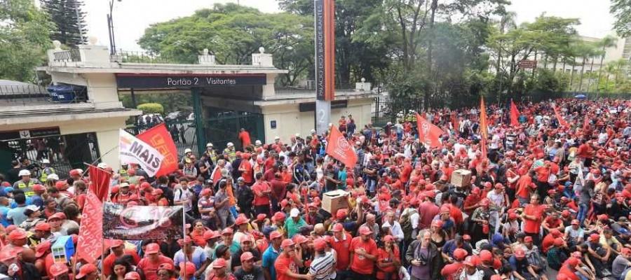 Governo informa que ainda verifica pedido de desapropriação de área ocupada em São Bernardo. Foto: Celso Luiz/DGABC