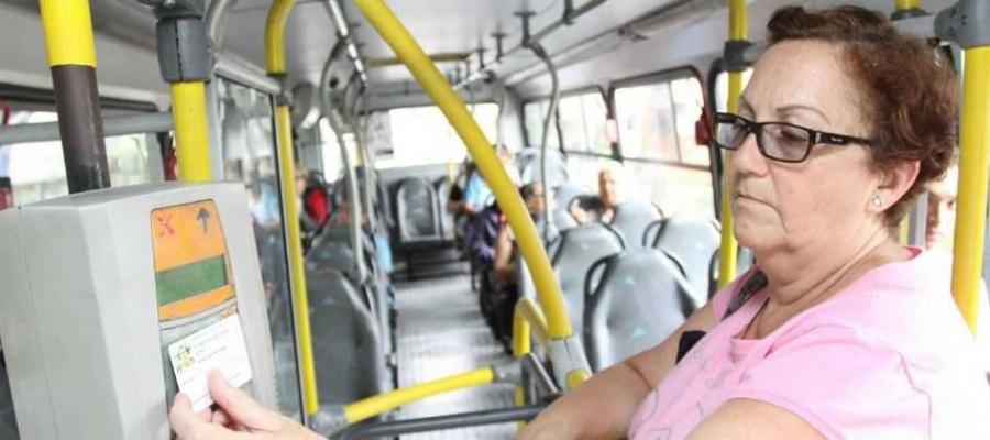 Benefício, que em algumas cidades equivale a 40% dos usuários do transporte público, gera impacto financeiro negativo ao sistema municipal. Foto: Claudinei Plaza/DGABC
