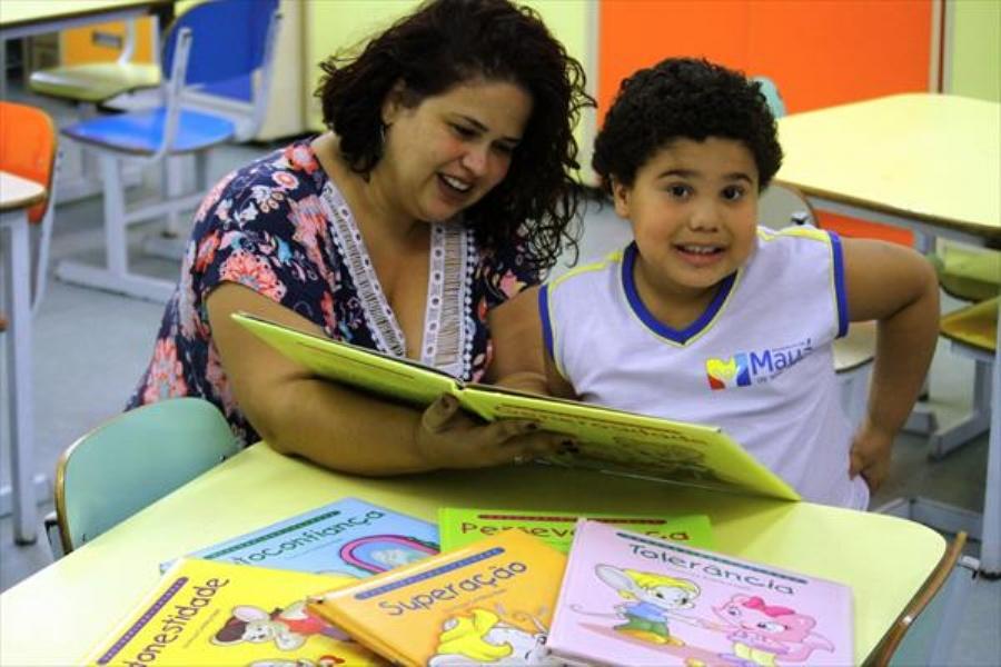 A gestão Um Novo Tempo acredita que o bom atendimento das crianças com deficiência é baseado em três fatores: família, tratamento e escola. Foto:  Crédito: Roberto Mourão/PMM
