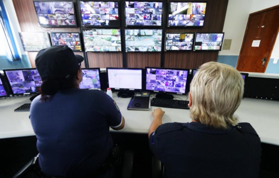 Patrulhamento Digital - Central de Monitoramento da GCM. Crédito: Caio Arruda/PMM