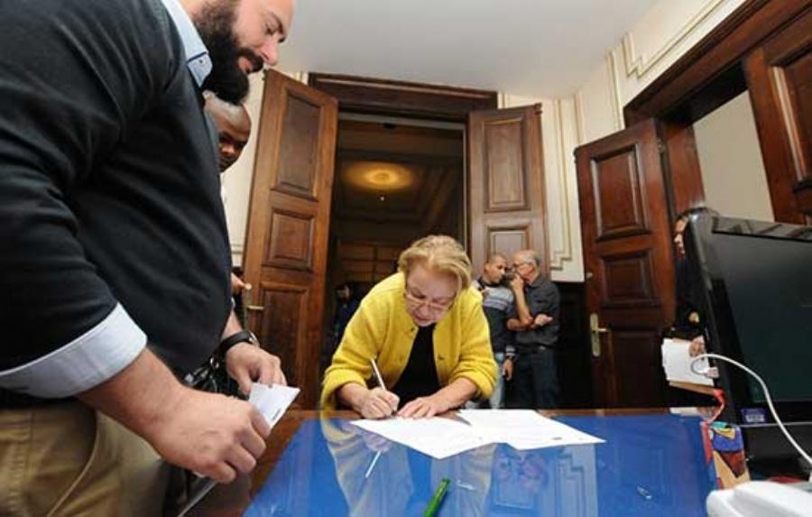 Prefeita assina convênio com o Governo do Estado. Foto: Crédito: Robson Fonseca/PMM