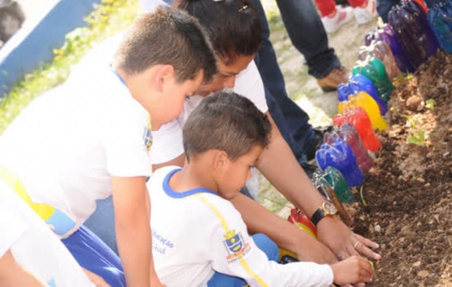 Sete escolas da cidade participam do programa, sendo seis municipais e uma estadual. Crédito: Robson Fonseca/PMM
