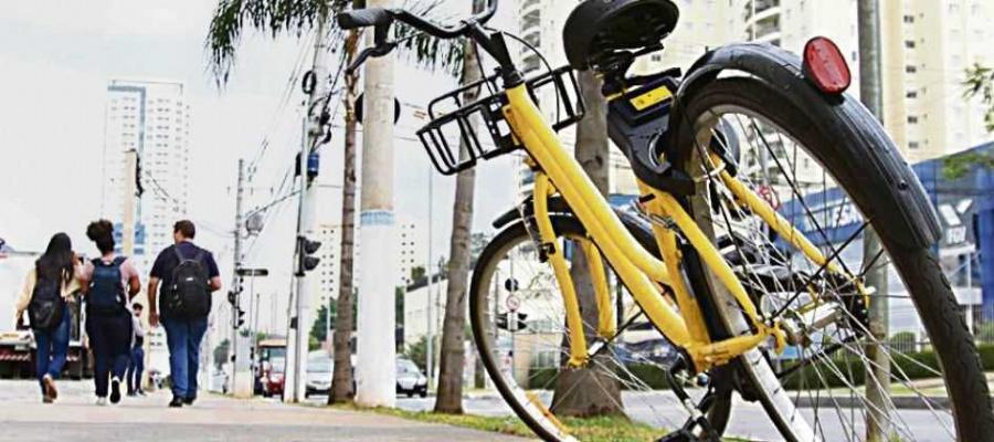 Serviço prevê que utilitários fiquem espalhados pelas vias públicas para uso compartilhado. Foto: Denis Maciel/DGABC