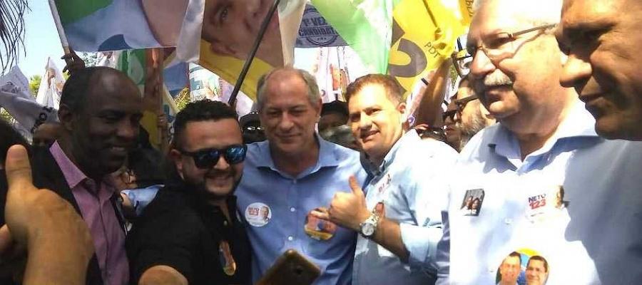 Em caminhada, presidenciável disse que facada contra Bolsonaro não influenciará resultado da eleição. Foto: Nario Barbosa/DGABC