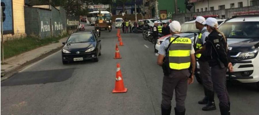 Operação Cavalo de Aço contou com dez viaturas e 18 policiais